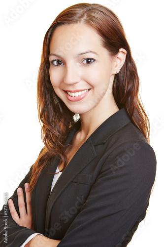 Lächelnde Geschäftsfrau auf Bewerbungsfoto