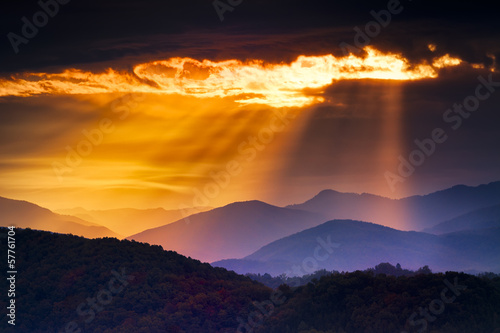 Hazy Sunrise in the Smokies © dfikar