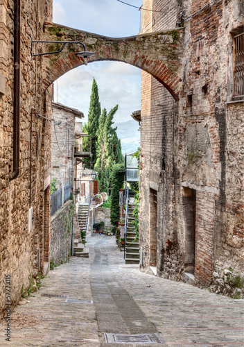 antique Italian alley 57773115