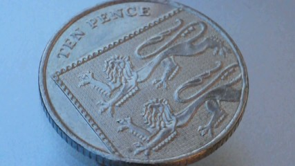 british pound 10 pence coin spin