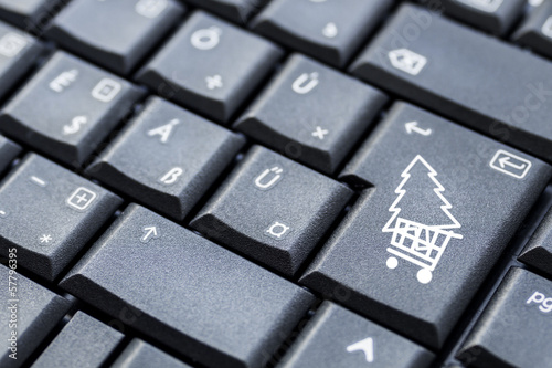 keyboard button with shopping cart and christmas tree