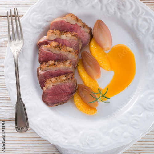 goose's fillet with orange sherry sauce