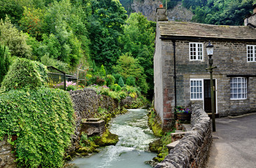 River and cottage in Castleton,Derbyshire