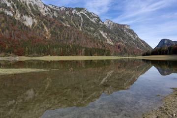 Herbststimmung am Weitsee, Bayern
