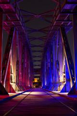 Magdeburger Hubbrücke bei Nacht