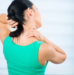 Woman pain in neck
