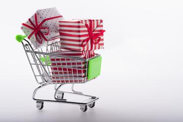 Carrito con regalos