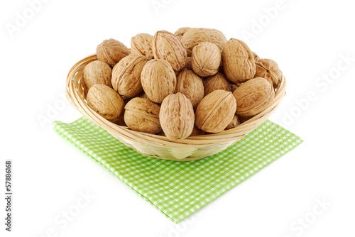 panier de noix fraiches