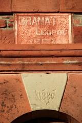 Linteau de porte de 1880.