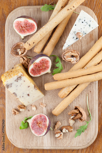 Cheese board with figs and nuts