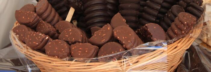 stecco cioccolata e nocciole
