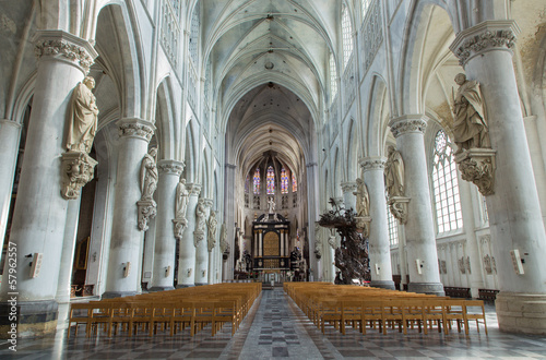 Mechelen - Nave of St. Rumbold's cathedral