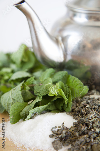 Suggar,peppermint and green tea