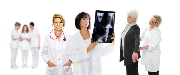 Ärzteteam und Patientin