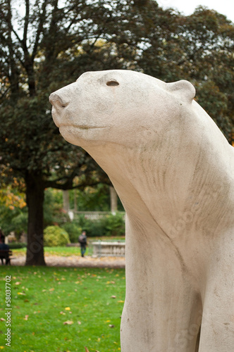 Papiers peints Statue sculpture ours de françois pompom square Darcy à Dijon