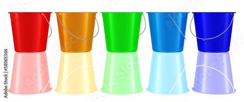 eine Reihe bunter Plastikeimer - 58065366