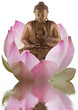 concept spiritualité : bouddha et lotus rose