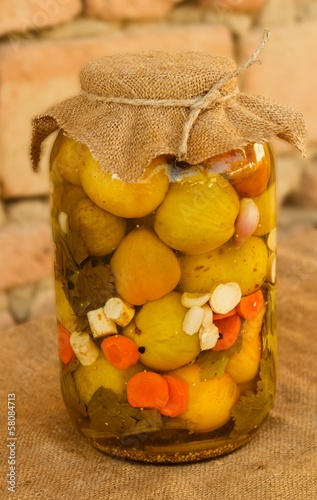 Vegetable preserve