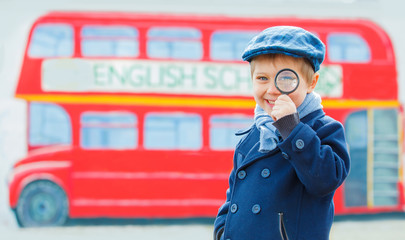 Little detective