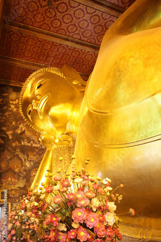 The Big golden Reclining Buddha
