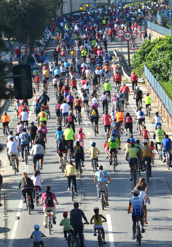 Leinwanddruck Bild Día de la bicicleta