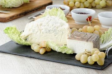 Tagliere formaggi con confetture