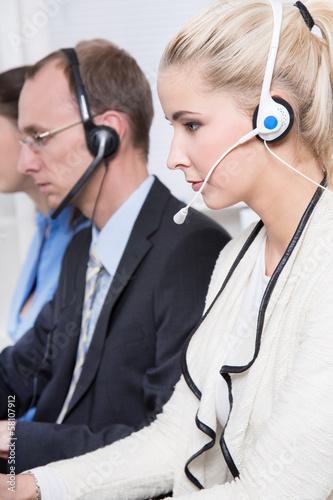 Telefonverkauf oder Direktmarketing - Mitarbeiter im Callcenter