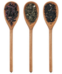Three spoons with hibiscus, green, black tea