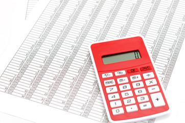 会計書類と電卓