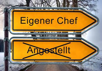 Strassenschild 4 - Eigener Chef