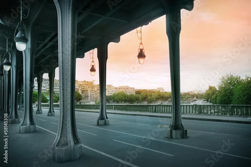 Papiers peints Pont Pont de Bir-Hakeim bridge