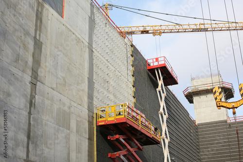 Steinwolldämmung an Betonbau