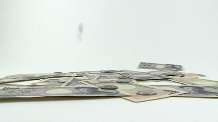 お金の落下