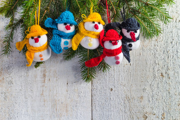 snowmen board wooden Christmas winter plush team family