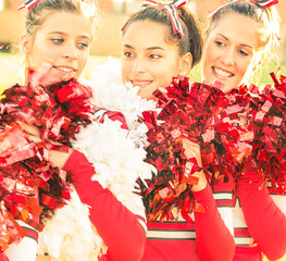 Cheerleaders - Moment of Relax