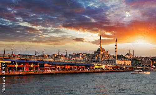 Fotobehang Oost Europa Istanbul at sunset, Turkey
