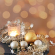 adventslicht in weihnachtsdeko