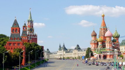 sunny Moscow kremlin time lapse