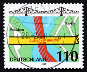 Postage stamp Germany 1998 Glienicke Bridge, Berlin