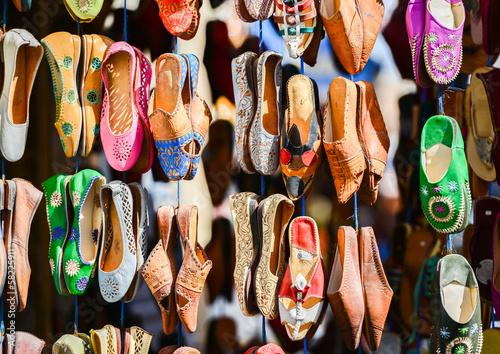 Papiers peints Maroc Colourful Moroccan slippers, Marrakesh