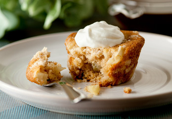 apple crumb coffee cake with whipped cream