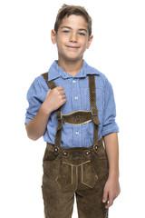Junge mit Lederhose