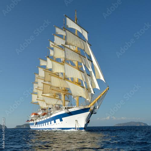 Sailing ship - 58252932