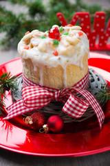 Weihnachtlicher Panettone