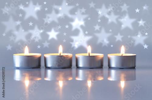 Teelichter mit Sternen