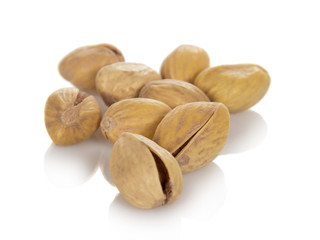 Salted and roasted pistachio nuts