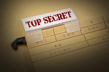 Ordner mit Top Secret