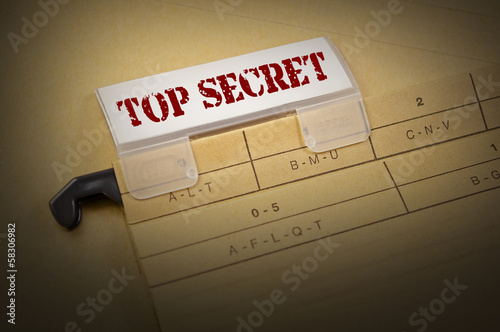 Ordner mit Top Secret