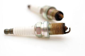 Single electrode used car sparks.