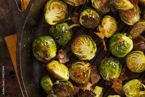 Papiers peints Bruxelles Homemade Grilled Brussel Sprouts